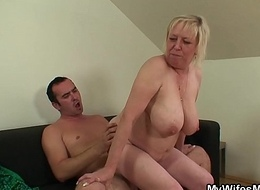 Honcho wifes female parent can't live without engulfing added to railing his cock